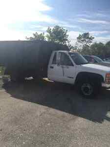 Gmc 2000 diesel truck with dump box