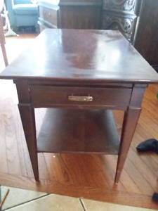 table with 1 drawer
