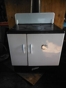Zephyr wood cook stove