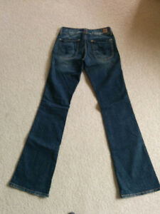 Guess Jeans Kitchener / Waterloo Kitchener Area image 3