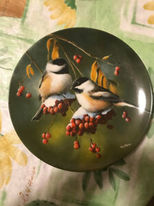 """Kevin Daniel Collectible Plate """"The Chickadee"""" Bradford Exchange"""