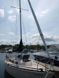 27 Foot Mirage sailboat