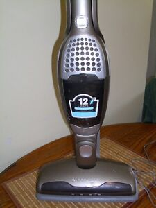 2- in - 1 cordless vac
