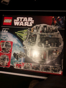 Lego death star 10188 in pieces with construction manual