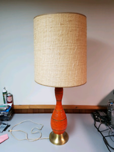 Vintage antique style lamp  light. Check pictures