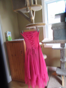 Beautiful dress lace up front worn only once