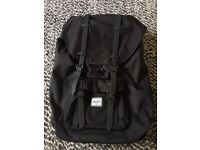 Herschel rucksack black limited edition