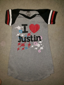 Justin beiber night gown size 6 girls