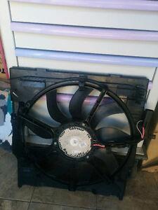 BMW E70 e71 x5 x6 F15 F16 AC Radiator Condenser Cooling Fan 850W