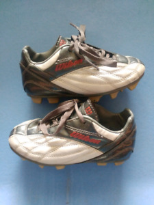 Wilson youth cleats size 11