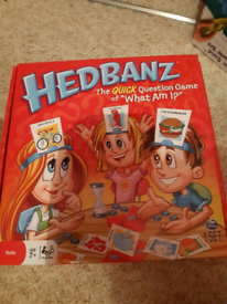 """HedBanz Question Game of """"What Am I?"""""""