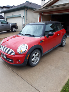 2011 Mini Cooper. Excellent and Awesome.