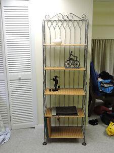 Shelves/ Etageres
