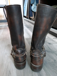 Frye Harness 12R Boots / Dark Brown Leather