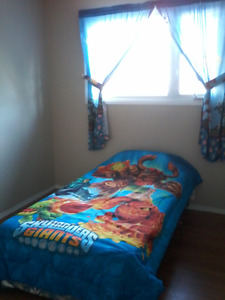 SKYLANDER TWIN SIZE BEDDING & CURTAINS