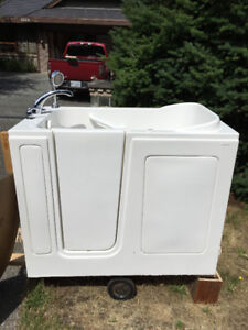 "Step in tub by -""Safety Tubs"" for sale in excellent condition."