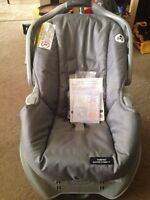 graco car seat (new) with tag