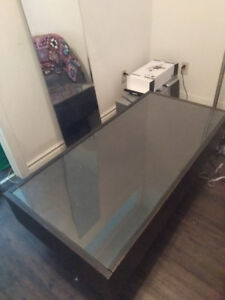 Coffee table w glass top & LOTS of storage