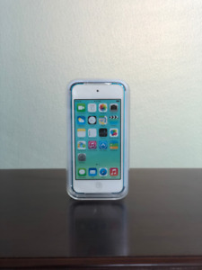*MINT* iPod Touch 32 GB Blue 5th Gen