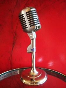 1955 Shure 55s Elvis Mic - looks and sounds great !