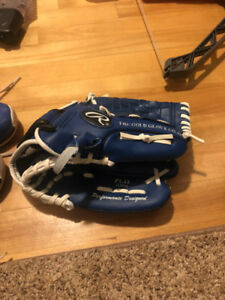 Boys Rawlings Left- Handed Baseball Glove Size 11