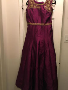 BRAND NEW 2018 INDIAN ATTIRE -WOMENS FASHION-Long Purple Gown