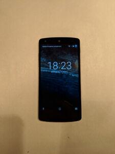 LG Nexus 5 16GB en excellent état