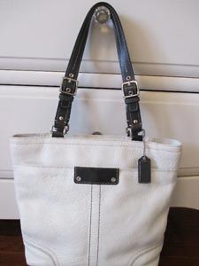Coach White Leather Medium Tote Bag