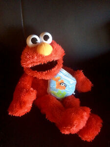 Laughing/tickle Elmo