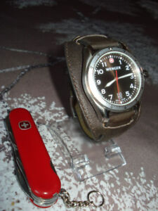 "Duo "" Wenger "" ( by "" VICTORINOX "" ) : Montre + canif ( Suisse )"
