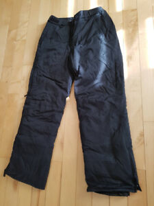Misty Mountain Snow pants size M