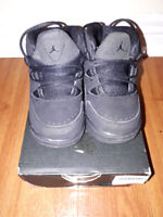 Jordan toddler boys black shoes size: 6C barely used for sale