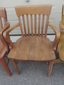 6 SOLID ANTIQUE WOODEN CHAIRS $ 85 Kingston Kingston Area image 6