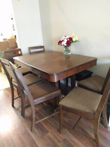 Solid wood extendable table and chairs