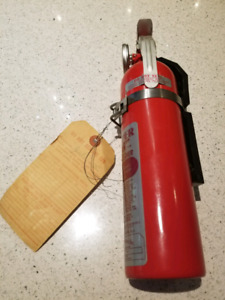 Vintage 1972 Dry Chemical Fire Extinguisher COLLECTIBLE Item!