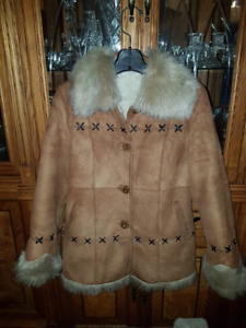 Beautiful women's size M Suede winter jacket with artificial fur