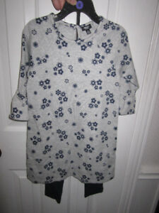 "Girls Size 5 ""Mexx Kids"" 2-piece, BNWT - $8.00"
