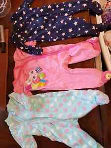 0-3 month and 3 month  girl clothes London Ontario image 8