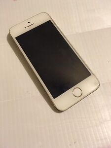 Unlocked iPhone 5s 16GB gold excellent condition