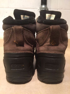 Women's Columbia Winter Boots Size 6 London Ontario image 2