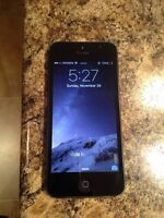 iPhone 5 all black Rogers 16GB