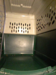 Extra Large Dog Kennel Like new