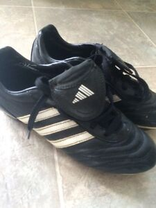 Soccer Shoes junior Size 6.5