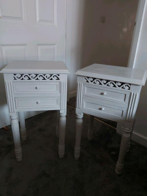 Light Grey Bedside Table: Light Grey Shabby Chic Wood Bedside Tables
