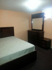 1 ROOM AVAILABLE FOR FEMALE STUDENTS ONLY