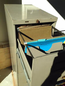 4 Drawer Metal Filing Cabinet West Island Greater Montréal image 2