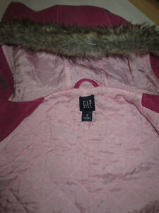 Gap Pink toggle coat with faux fur lined hood, fall weight sz M Belleville Belleville Area image 3