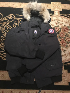 100% AUTHENTIC CANADA GOOSE BERWICK JACKET WITH TAGS *L*