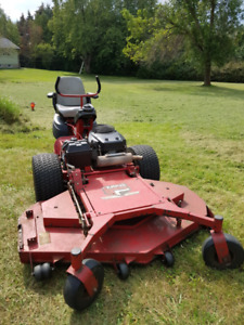 "Ferris 3 Wheeler 61"" Pro-Cut Lawnmower/Tractor"