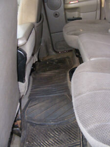 2003 Dodge Power Ram 3500 SLT Dually, NOW! $13,250 Prince George British Columbia image 5